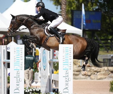 Shane-Sweetnam-and-Cyklon-1083
